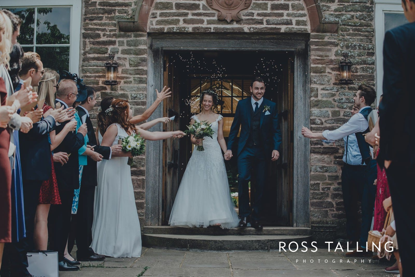 Dewsall Court Wedding Photography Hereford_0111