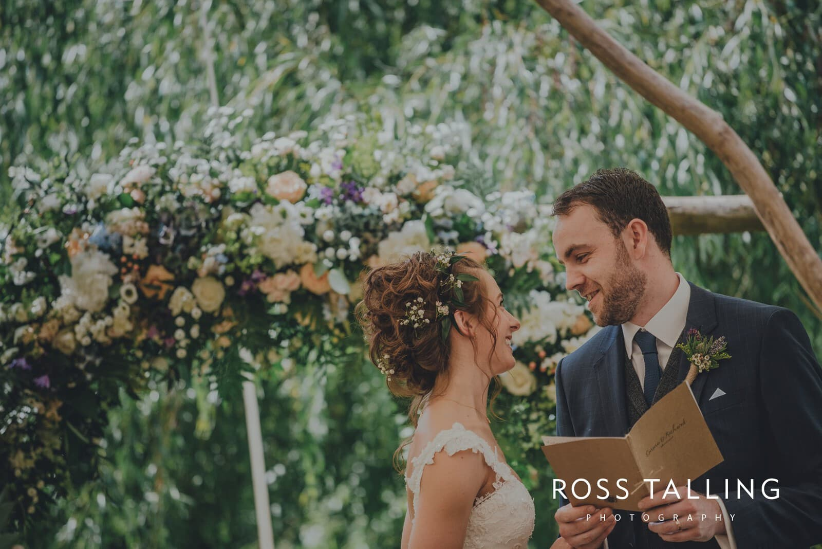 Dewsall Court Wedding Photography Hereford_0099