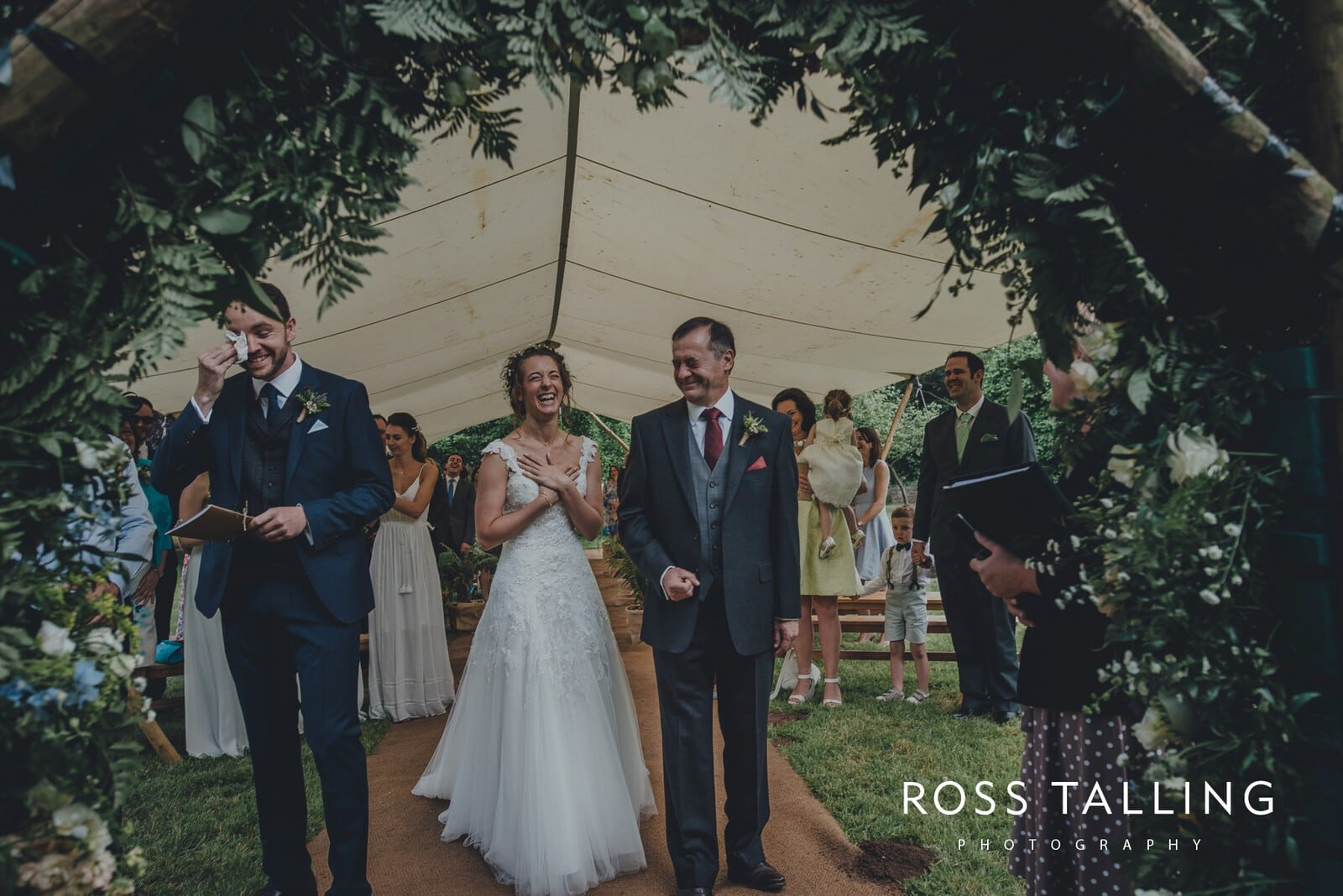 Dewsall Court Wedding Photography Hereford_0070