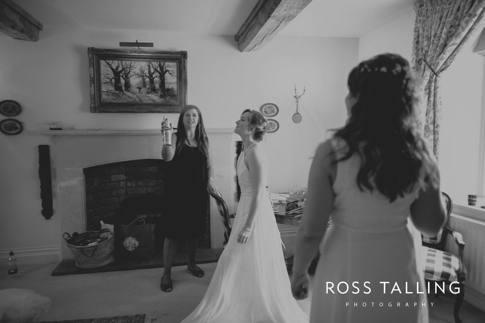 Dewsall Court Wedding Photography Hereford_0047