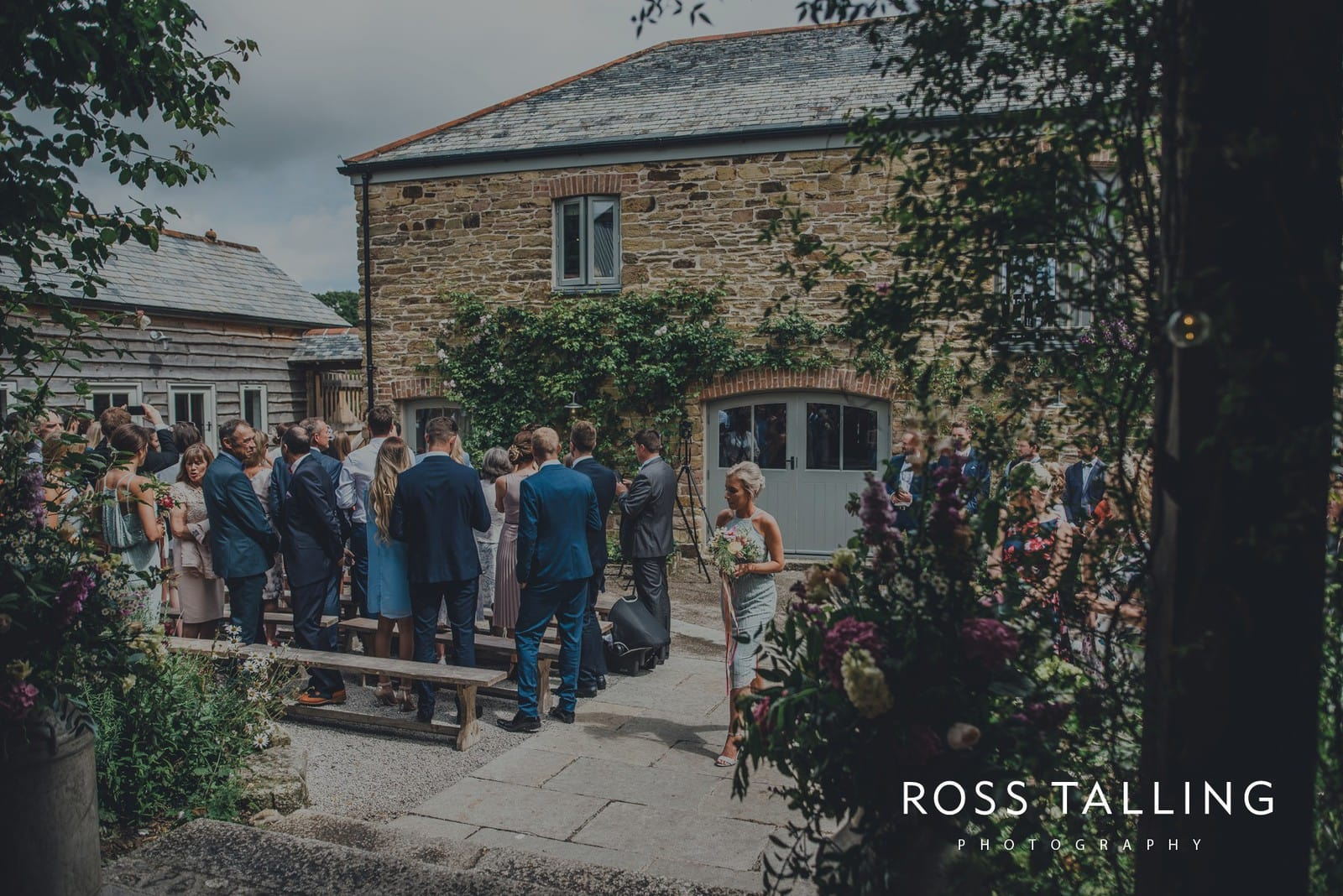 jack-caros-nancarrow-farm-wedding-photography_0091