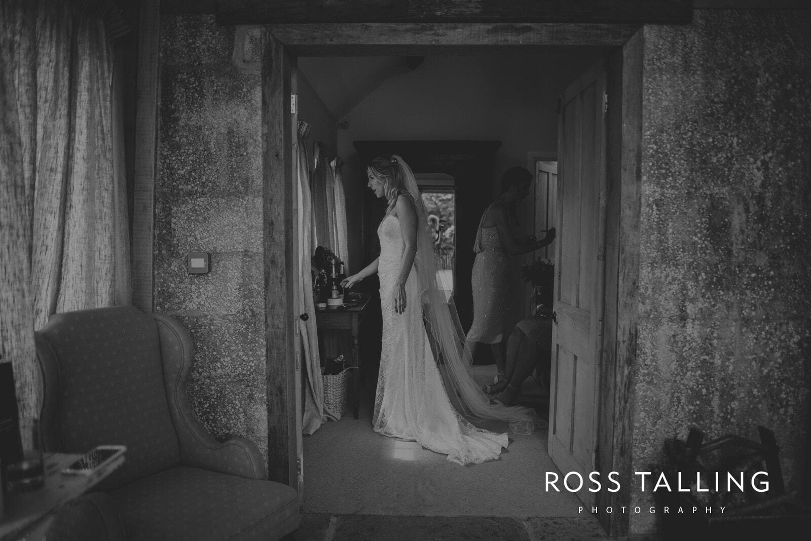 jack-caros-nancarrow-farm-wedding-photography_0076