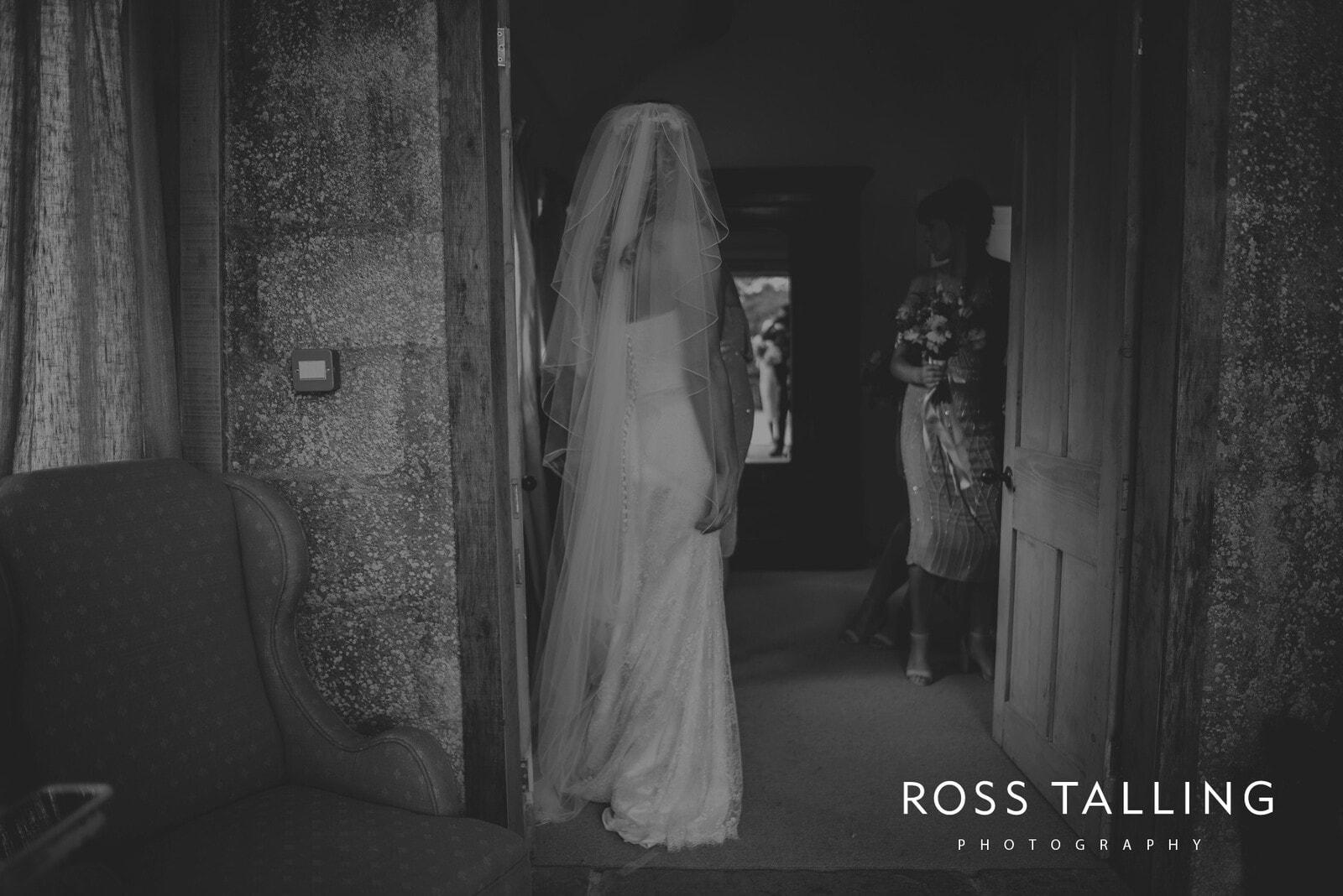 jack-caros-nancarrow-farm-wedding-photography_0074