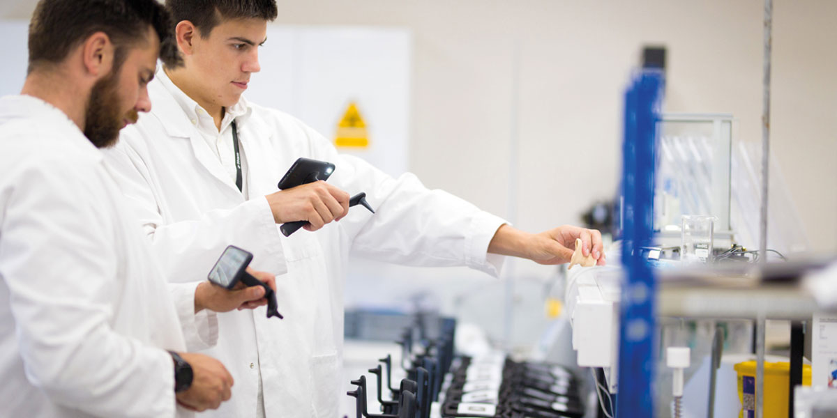 View of the digital otoscope manufacturing process