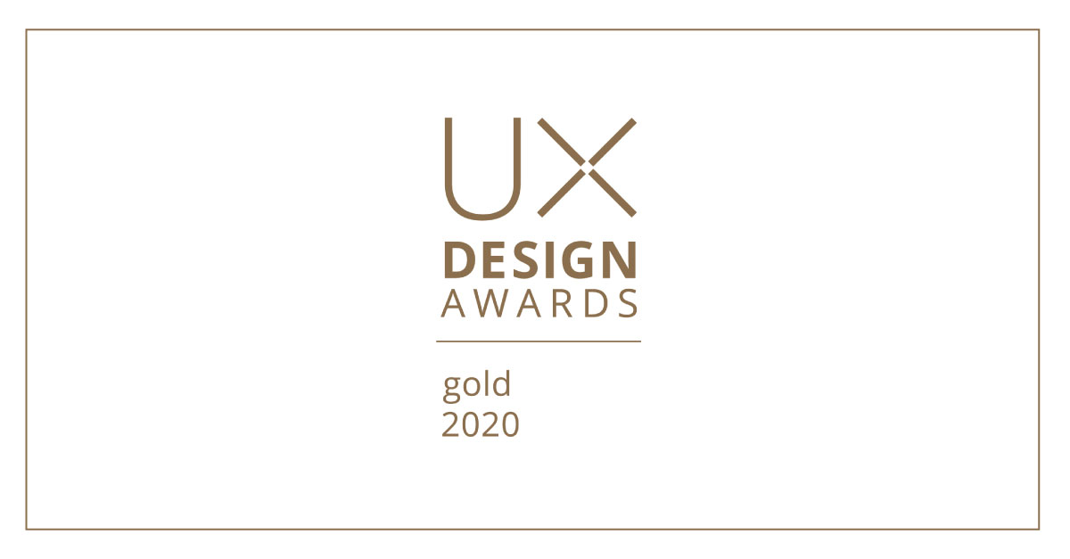 View of a gold UX design award for the portable otoscope