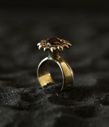 Telos Magic The Ring Of Excellent Love Charm (PGM) Gold Upper Side View