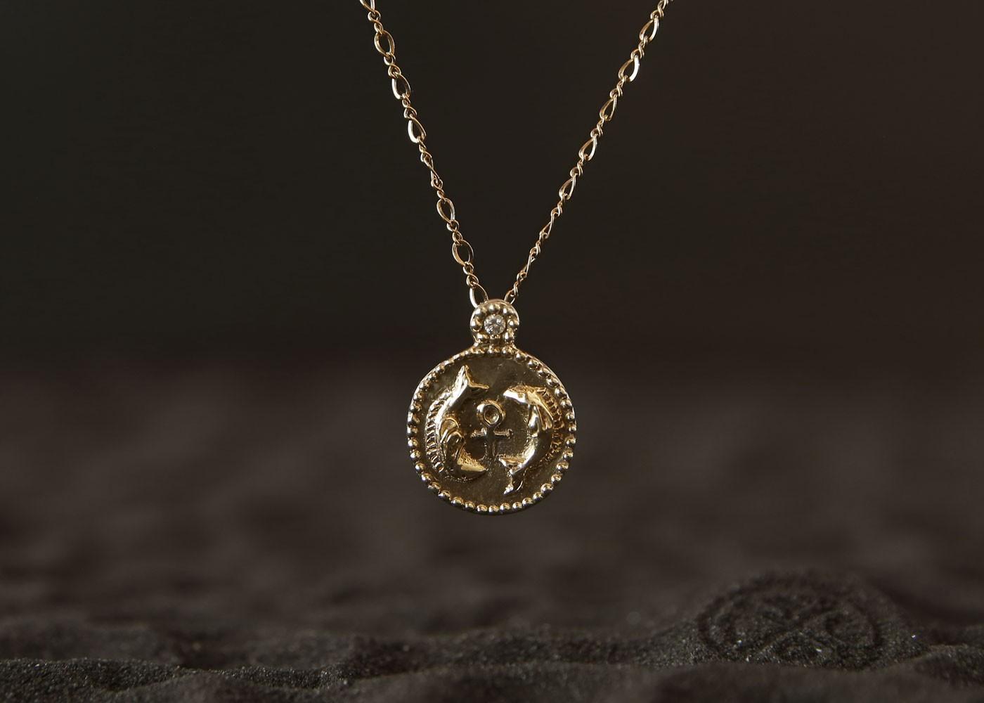 Telos Magic Small Venus Pisces Talisman Gold Front Sand View