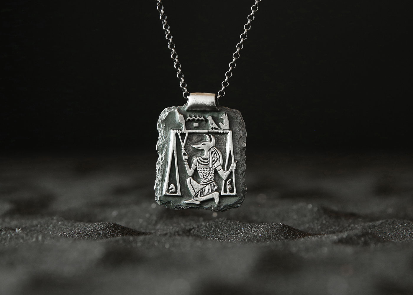 Telos Magic Anubis Amulet Silver Front Side Sand