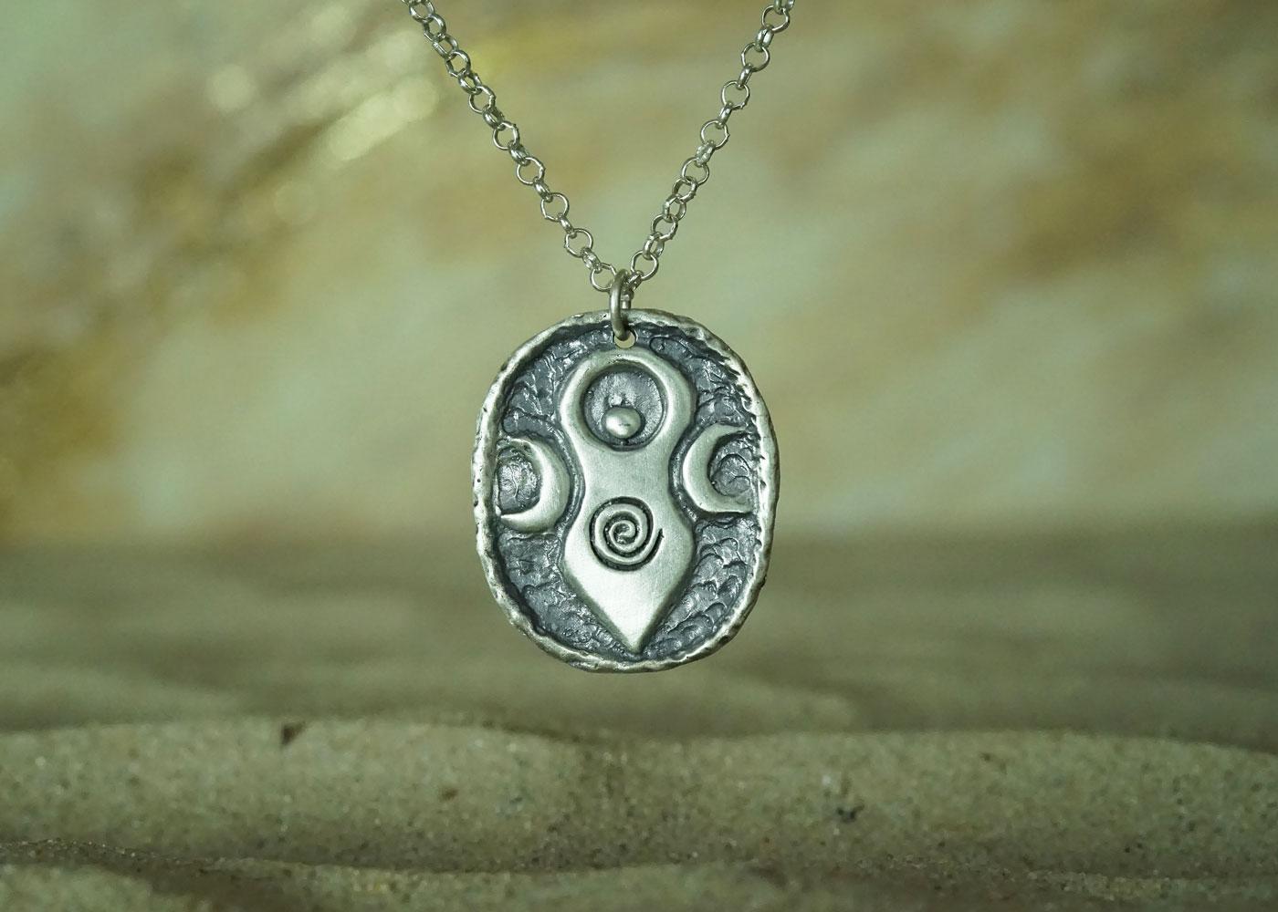 Telos Magic Moon Goddess Silver Front Sand