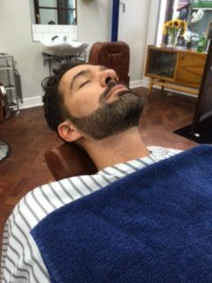 Harry - Luxury Beard Service