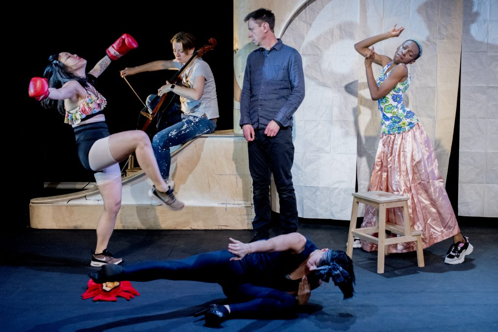 The Paper Man: Vera Chok, Jess Mabel Jones, Keziah Joseph, Adrienne Quartly, Lee Simpson. Photo credit: Camilla Greenwell.