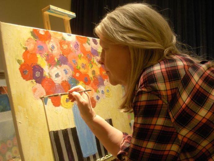 Jan Rippingham paints