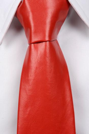 Slips i Läder - Matt röd, ådrig struktur - Notch DEVON
