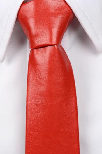 Smal Slips i Läder - Matt röd, ådrig struktur. - Notch DEVON