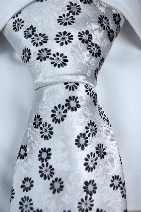 Slips i Siden - Vit botten och blommor i svart, grått och vitt - Notch ETHAN
