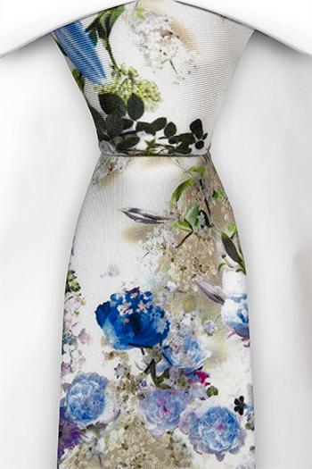 Slips i Siden - Blå, vita och lila blommor på vitt - Notch FESTOSO Blue