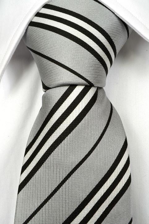 Slips i Siden - Ljusgrå botten och ränder i svart och vitt - Notch FLORIAN