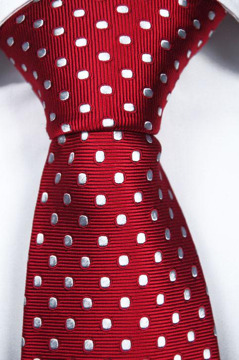 Slips i Siden - Ljusröd botten och vita prickar - Notch FREDRIC
