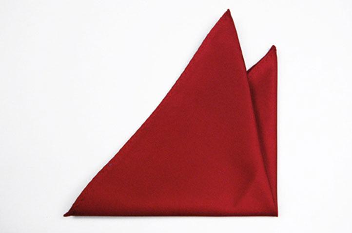 Bröstnäsduk i Siden - Enfärgad röd botten med en lätt struktur - Notch FRITZ