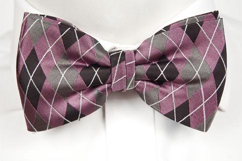 Knuten Fluga i Siden - Argyle-mönster i svart, grått, rosa och vitt