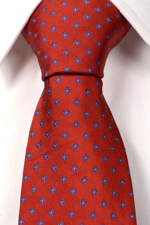 Slips i Siden - Orange botten med blommor i blått - Notch JERRY