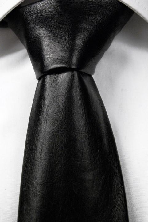 Slips i Läder - Matt svart, ådrig struktur - Notch KARIM