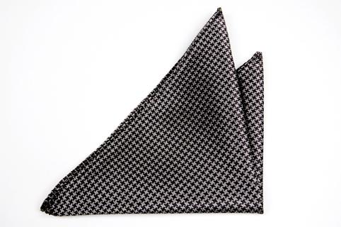 Bröstnäsduk i Siden - Hundtandmönster i svart och grått - Notch LAZSLO