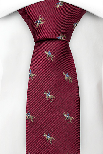 Smal Slips i Siden - Röd twill med häst och ryttare i brunt & blått - Notch PIKE