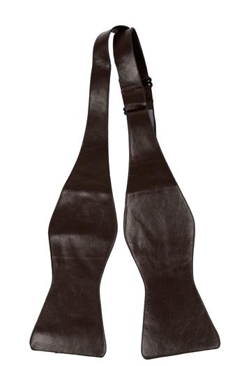 Oknuten Fluga i Läder - Matt brun, ådrig struktur - Notch ROY