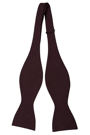 Oknuten Fluga i Ull - Enfärgad taft där svart+vinröd=aubergine - Notch SNORRE