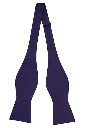 Oknuten Fluga i Siden - Enfärgat, vävt Jacquardsiden i lila - Notch SOLID Purple