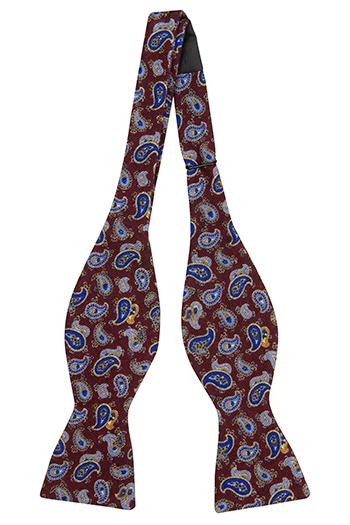 Oknuten Fluga i Ull - Små, blå paisleydroppar på mörkt vinrött