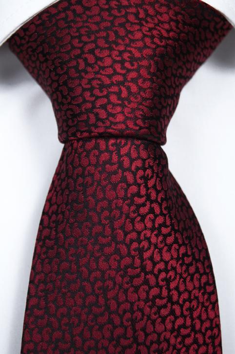 Slips i Siden - Svart botten och ett mönster i rött - Notch TYLER