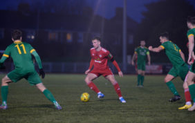Reds seek revenge on Rocks