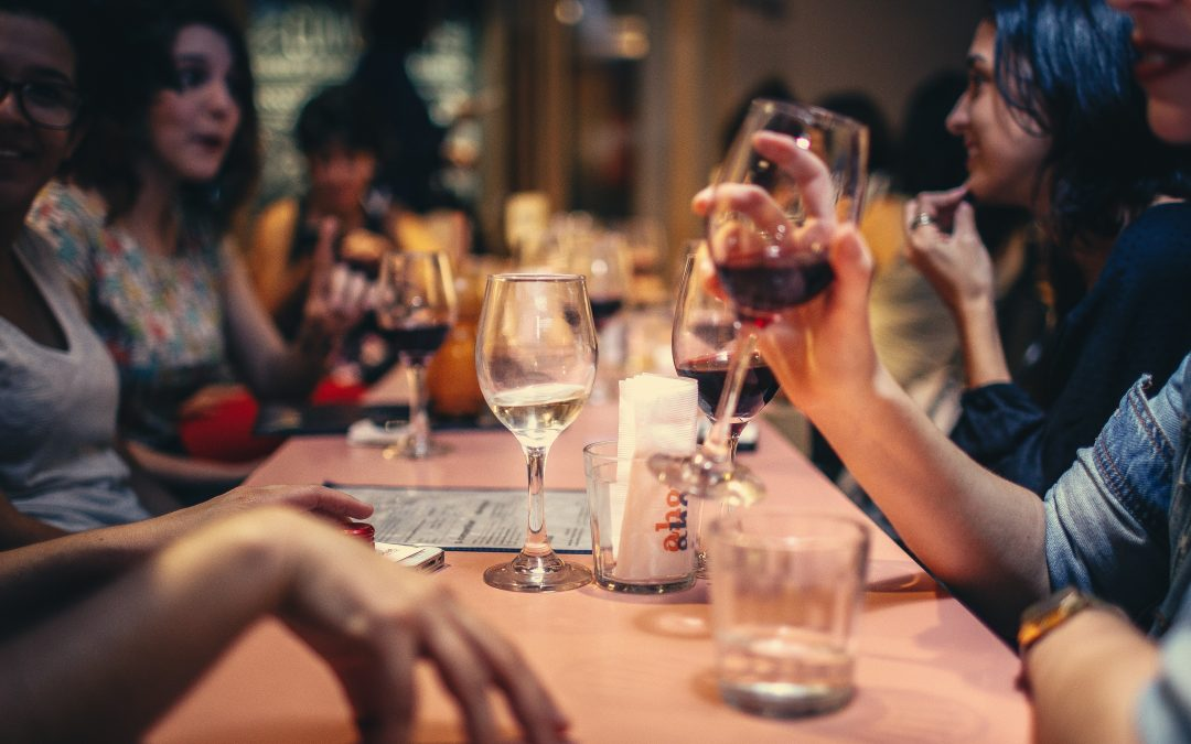 Women socialising. How to socialise without gaining weight