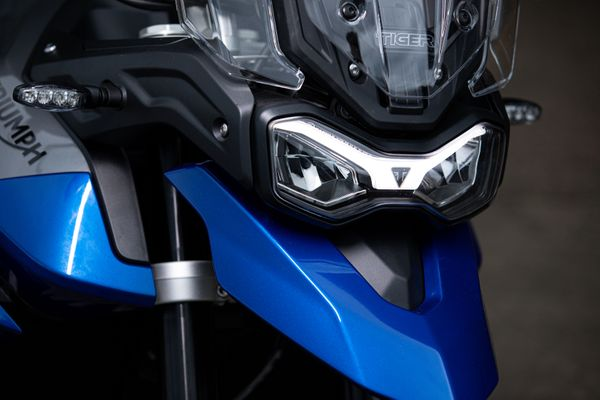 NEW TIGER 850 SPORT - ACCESSIBLE ROAD-FOCUSED ADVENTURE
