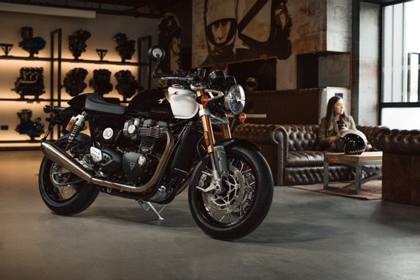Triumph creates one-of-a-kind custom Thruxton 1200 RS to celebrate the 10th anniversary of the Distinguished Gentleman's Ride