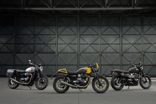 Street Twin Family with Accessorised Scrambler