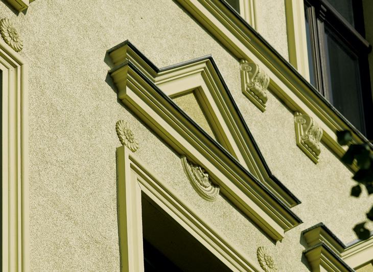 Exterior-Pediment-3