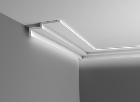 Steps-Cornice-2-as-uplight-C391