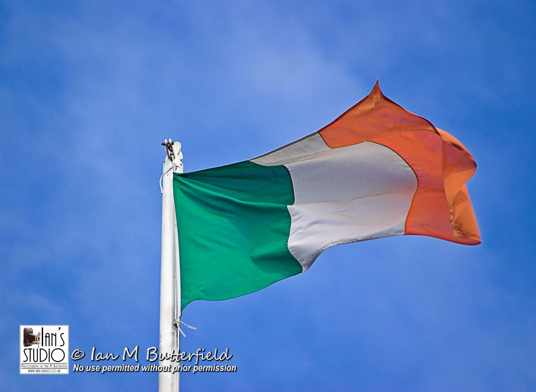 SALE 21 DEC 2017: The Irish Flag – First Sale