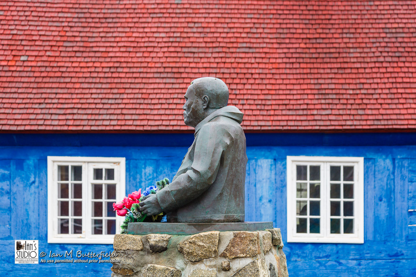 ACADEMY BITE: Lessons from Greenland #11 – Statue of Jorgen C F Olsen in front of the old church