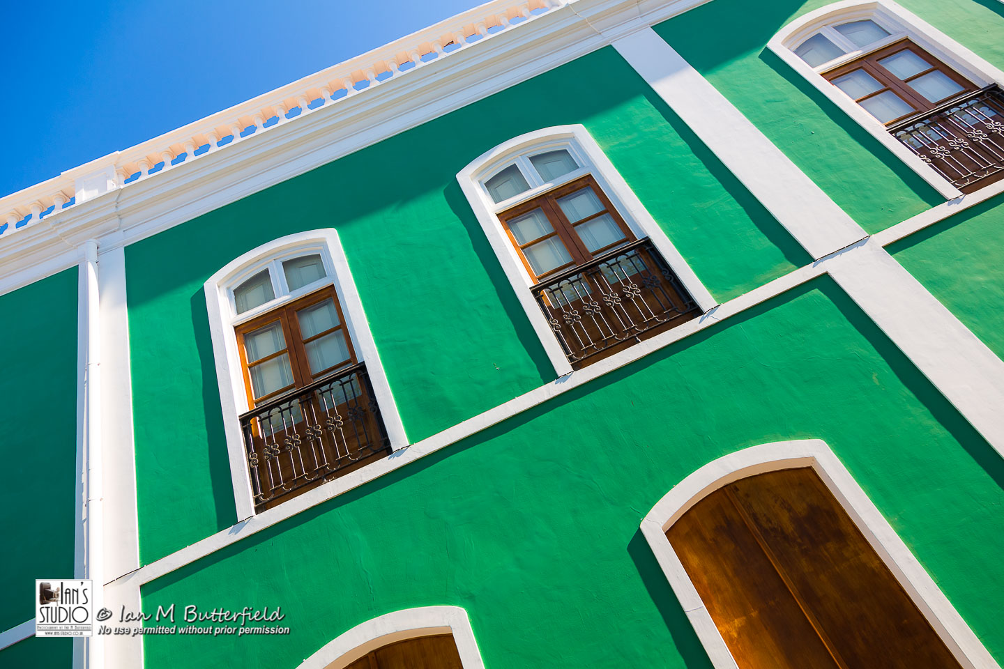 ACADEMY BITE: Lessons from the South America Cruise #12 – A green colonial building
