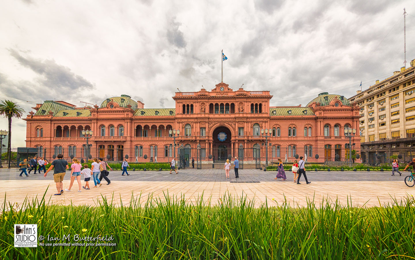 ACADEMY BITE: Lessons from the South America Cruise #25 – Casa Rosada in Plaza de Mayo