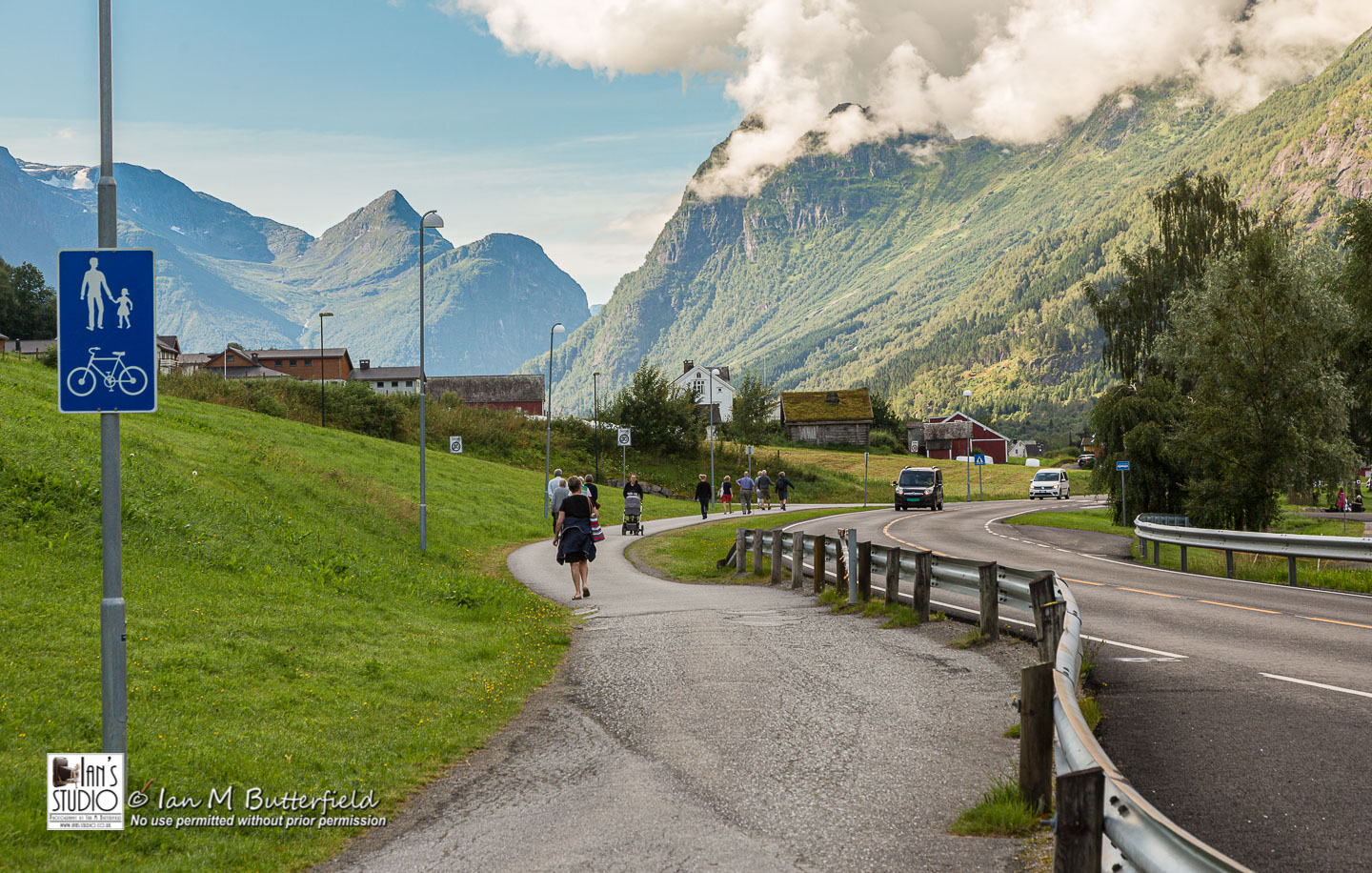 ACADEMY BITE: Lessons from Norway #8 – Footpath in Olden