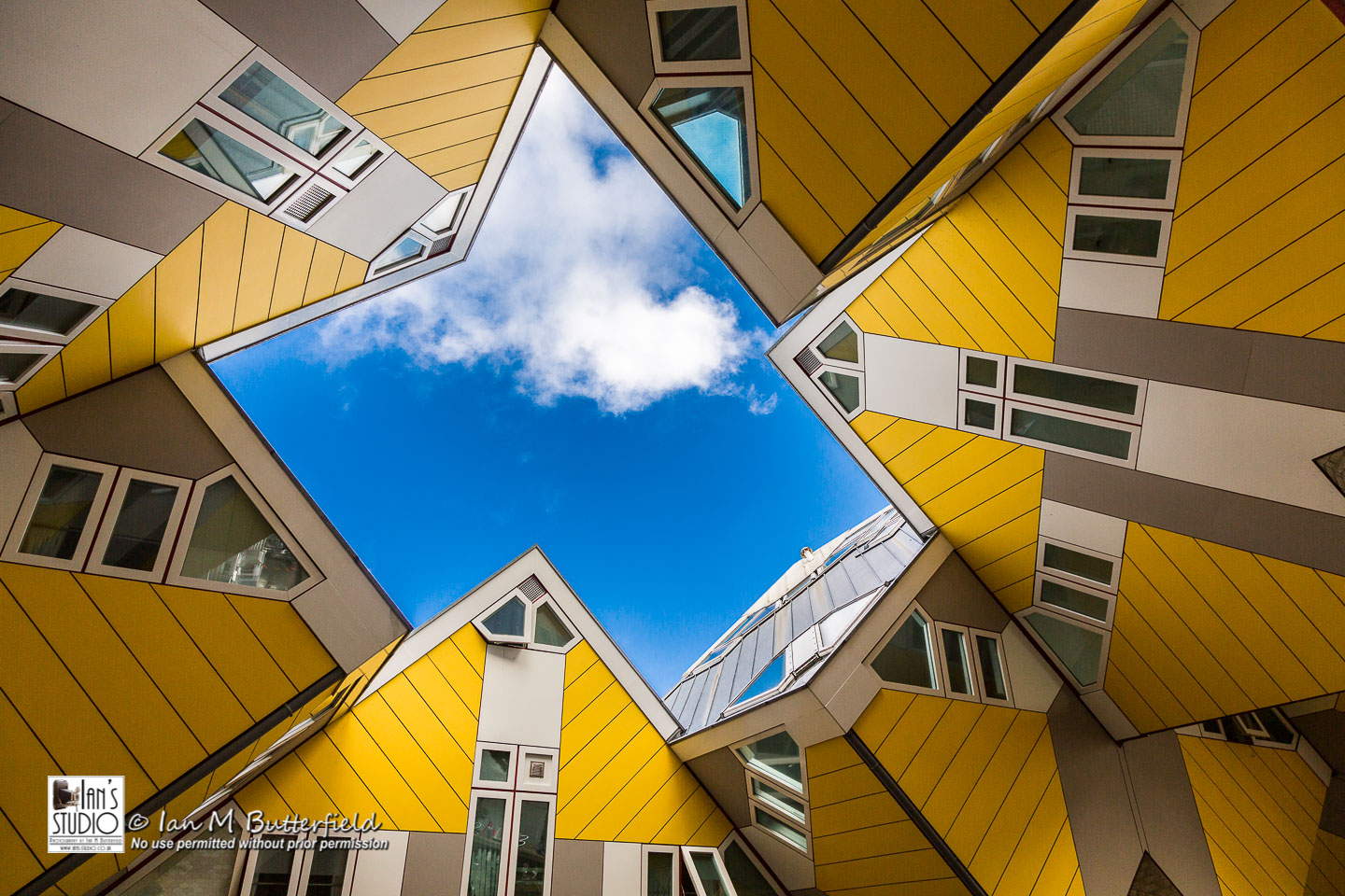 POTD 17 Oct 2019: Cube Houses of Rotterdam