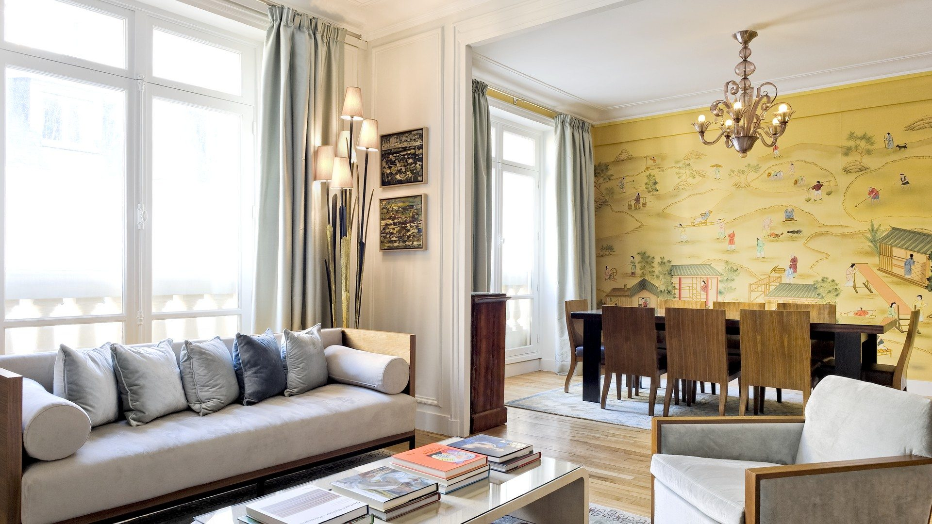 Breteuil-Luxe-Lounge-and-Dining-Room-Paris-Haven-In-UltraVilla
