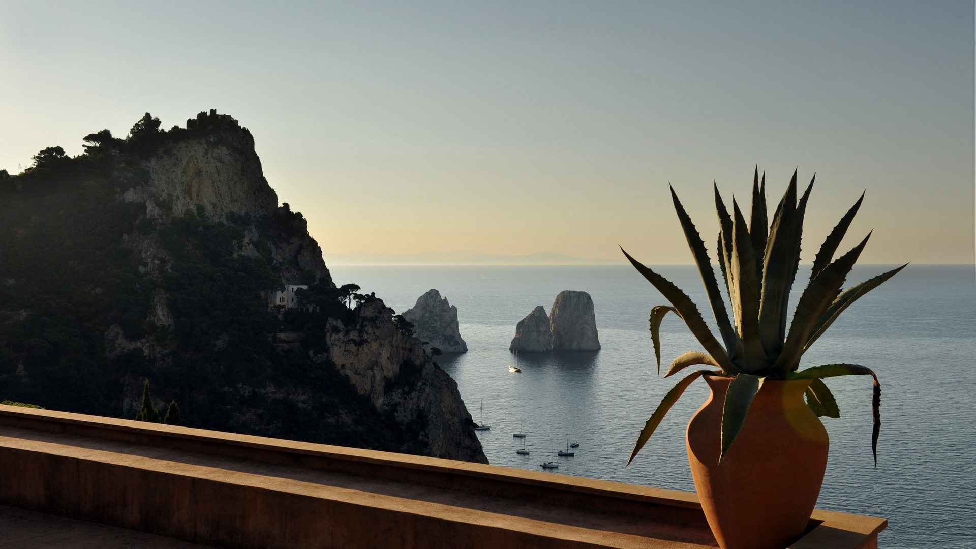 Private-Property-Sea-View-Capri-Italy-Unique-Properties-&-Events-UltraVilla
