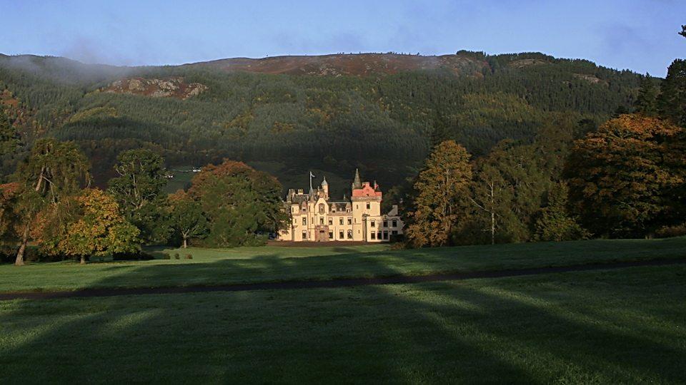LTR-baronial-castle-winter