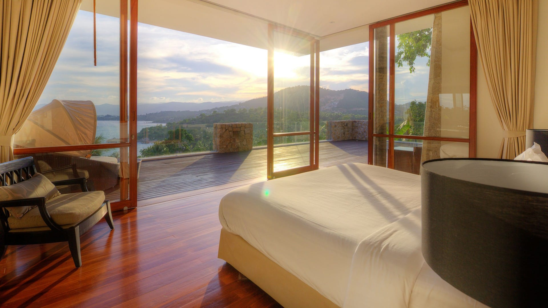 samujana-villa-6-master-bed-sunset